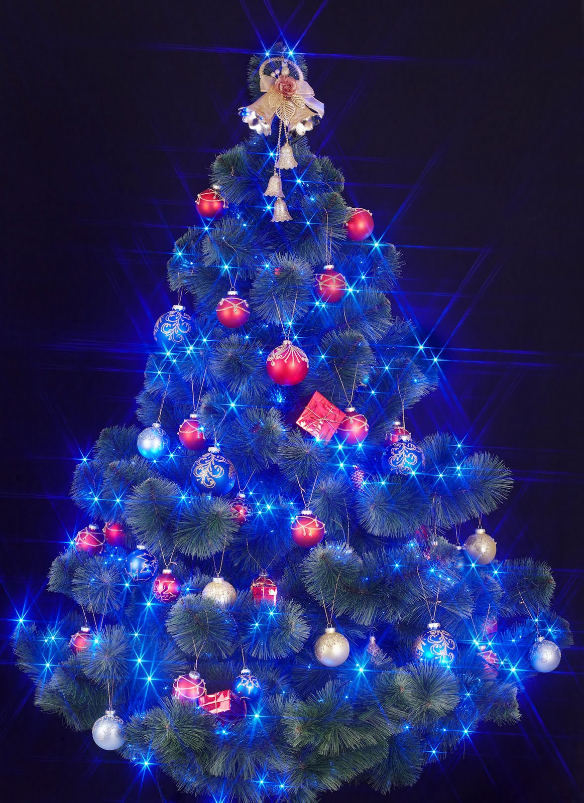 Diciembre 2011 el silencio del buddha for Imagenes de arbolitos de navidad adornados